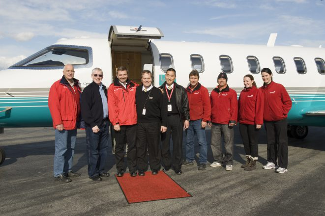 London Air Services provided safe transport for the sea otter and Vancouver Aquarium's animal care team.