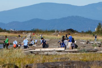 Vancouver Aquarium Shoreline Cleanup
