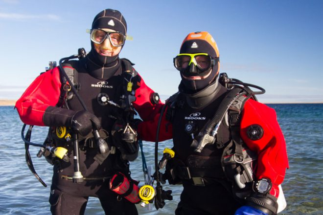 Two teams of Aquarium divers will identify sites of special interest or ecological sensitivity in Cambridge Bay.