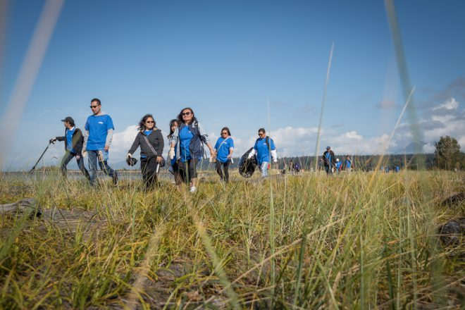 2016-09-18-iona-beach-shoreline-cleanup-2016-09-18-iona-beach-shoreline-cleanup-2609